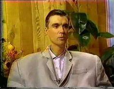 "David Byrne self-interview for ""Stop Making Sense"" (Greatest. Concert. Movie. Ever.) You've been warned."