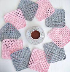 Pembe gri uyumu en sevdiklerimden Mutlu pazarlar (ip himalaya mercan sport, tığ 2,5 mm) #örgü#tığişi#tigisi#elisi#elişi#knit#knitting#knitter#knittersofinstagram#crochet#crocheting#crochetlover#crochetaddict#yarn#yarnaddict#battaniye#bebekbattaniyesi#blanket#babyblanket#sipariş#siparişalınır#ceyiz#ceyizhazirligi#çeyiz#çeyizhazırlığı#ceyizönerisi#çeyizönerisi#order