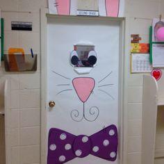 Decoração de porta para a Páscoa.