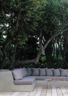 Ideas outdoor seating patio garden design for 2019 Outdoor Areas, Outdoor Seating, Outdoor Rooms, Outdoor Living, Outdoor Decor, Backyard Seating, Outdoor Patios, Outdoor Kitchens, Built In Seating