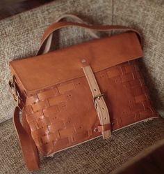 932f09a8c3 Leather messenger bag Altering Clothes, My Bags, Purses And Bags, Leather  Accessories,