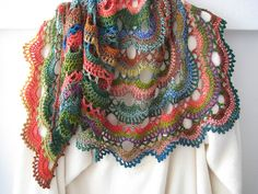 Crochet project - but love it: fanalaine's Crazy Papagei, free pattern by Orchideeflower in German and English with chart, Perfect design for colorful Zauberball Crochet Patron, Knit Or Crochet, Crochet Scarves, Crochet Clothes, Crochet Hooks, Free Crochet, Knooking, Crochet Capas, Crochet Shawls And Wraps
