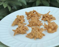 Butterscotch Haystacks  Recipe - I had two of these today, had never heard of them, SO GOOD!!!