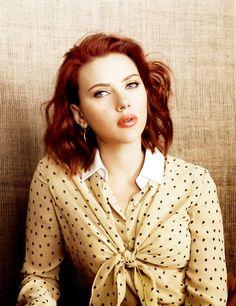 Scarlett Johansson She is so beautiful! I love her hair!