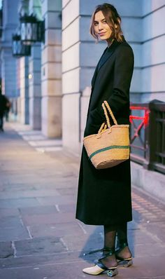 Tights weather is fast approaching, whether we like it or not. Get ahead of the game by seeing how to wear black tights with dresses this season.