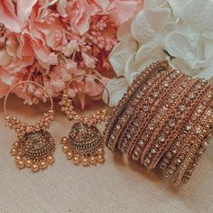 Indian Jewelry Earrings, Indian Jewelry Sets, Silver Jewellery Indian, Indian Wedding Jewelry, Bridal Bangles, Bridal Jewelry, Stylish Jewelry, Cute Jewelry, Bridal Jewellery Inspiration