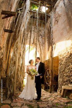 bride and groom style | mexico wedding photography 27 | mexico wedding venue | hacienda tekik de regil yucatan.