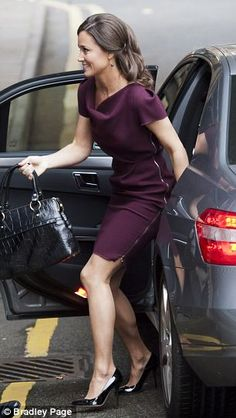 Pippa arriving at a book signing on 10/25/2012