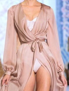 Blushing bride instead of white~Carrie Ralph & Russo HC SS 16