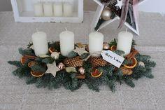 Adventsgesteck-Weihnachtsgesteck-Advent-Weihnachten-natur-Adventskranz-länglich.jpg 1.600×1.066 Pixel