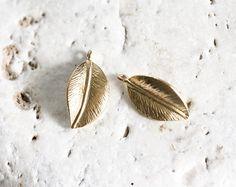 1787_Gold plated pendant 10 х 18 mm, Leaves pendant, Gold pendant, Golden metal findings,Jewelry component,Metal leaf,Pendant component_2pcs