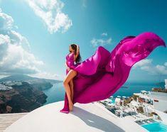 Fashion Photography Inspiration, Photoshoot Inspiration, Greece Dress, Maternity Studio, Glam Photoshoot, Beach Poses, Color Rosa, Photography Poses, Exterior