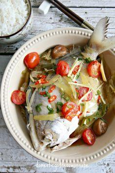 Teochew Steamed Pomfret | 潮州蒸白鯧魚