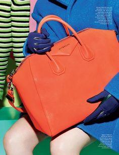 Portakal renkli Givency çantaya bayıldım