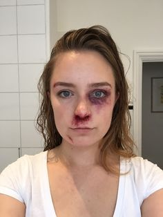 Daisy Domergue - Hateful Eight cosplay Comic Con London 2016 (makeup)