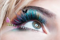 Colour eyelash exten