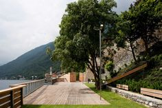Galería de Via Regina jardín público / Lorenzo Noé Estudio de Arquitectura - 11