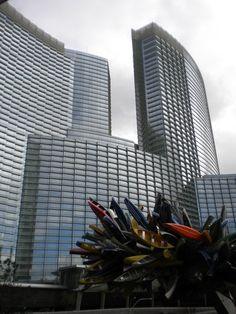 New Las Vegas landmark Casino exterior Places To Travel, Skyscraper, Las Vegas, Multi Story Building, Exterior, City, Skyscrapers, Travel Destinations, Last Vegas