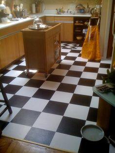DIY Room Decor: How To Paint Over Vinyl Floor Tiles — Apartment Therapy Tutorials