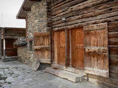 Saint-Véran - 23 images de qualité en haute définition Saint Véran, Viera, Firewood, Images, Cabin, House Styles, Home, Decor, Sundial