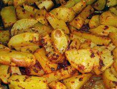 fırında patates nasıl yapılmaktadır.Nelere dkkat etmeliyiz. http://www.yemektarifleripratik.com/firinda-patates-tarifi/ fırında patates tarifi