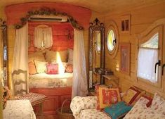Gypsy Wagon Interior, Gypsy Caravan Interiors, Camper Interior, Small Space Living, Living Spaces, Hipster Decor, Hipster Style, Hipster Fashion, Style Fashion