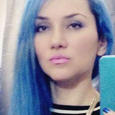 Despidoendome del azul .