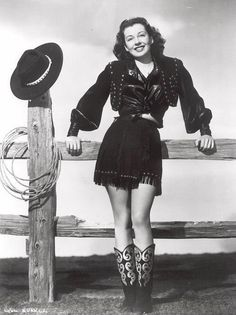 cowgirls - cowgirls don t get the blues http://pnnd.co/pin2-1404