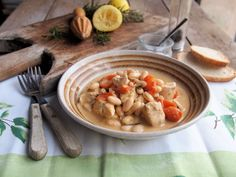 5:2 Diet Fasting and Feasting! Lemon Chicken with Cannellini Beans and Rosemary Recipe Feasting and fasting, that's what the 5:2 Diet is mostly about, and one of the reasons I have stuck to it for ...
