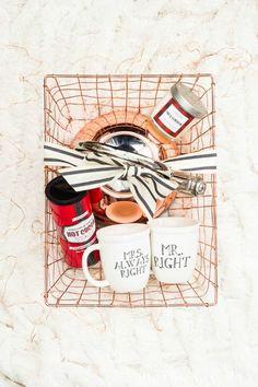 Hot Cocoa Gift Basket #diygiftideas #giftbaskets #hotcocoa #christmasgiftsdiy
