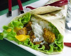 Tortillabileet itse tehden, reseptissä tortillapohjat sekä täytteet.