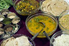 gourmets {amadores}: A cozinha vegetariana da Comunidade Hindu, um pão indiano e um filme