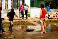 Por fin tuvo su par de chancletas - Conexión Cubana