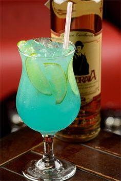 Bartenders de três bares badalados passam suas receitas pra você arrasar na próxima festa! Detalhe: supercoloridos, eles ainda são lindos