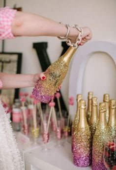 39 Glitzy And Glam Bridal Shower Ideas [ BookingEntertainment.com ] #BridalShower #events #entertainment