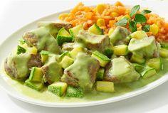Carne de res con calabacitas en salsa Poblana