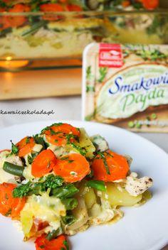Zapiekanka warzywna z kurczakiem | Kawa i Czekolada Bruschetta, Pasta Salad, Ethnic Recipes, Food, Crab Pasta Salad, Essen, Meals, Yemek, Eten
