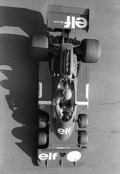 6 wheel Tyrrell - unique
