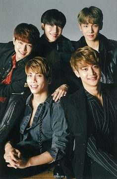 Shinee Stay Strong!!!