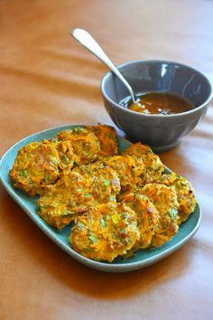These portable, veggie and protein packed Paleo Curry Turkey Bites + Apricot-Ginger Sauce are a big hit in our family! The cooked patties freeze well so make a double-batch for your packed lunches! Paleo Recipes, Real Food Recipes, Cooking Recipes, Meat Recipes, Paleo Whole 30, Whole 30 Recipes, Paleo Curry, Clean Eating, Healthy Eating