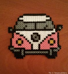 #hamabeads #pyssla #pixelart #handmade #diy #vehículos #transport #furgonetahippie