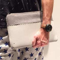 """even in casual Left the at home and holding this """"naked"""" Macbook Sleeve, Macbook Case, Style Fashion, Mens Fashion, Summer Wear, Travel Essentials, Unique Colors, Charger, Naked"""