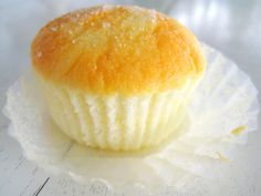 Light, fluffy and moist cupcakes with a sugary topping! Eating one just isn't enough! Recipe adapted from here and her. Cupcake Recipes, Baking Recipes, Cupcake Cakes, Snack Recipes, Dessert Recipes, Cup Cakes, Butter Mamon Recipe, Ensaymada Recipe, Pinoy Dessert