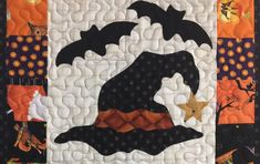 Halloween Quilt Patterns, Halloween Applique, Halloween Sewing Projects, Mini Quilt Patterns, Mug Rug Patterns, Halloween Quilts, Halloween Mug, Halloween Crafts, Applique Patterns