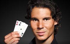 Rafael Nadal ist als Tennisstar und als 12-facher Grand Slam Champion bereits bekannt. Auch als Pokerstars Pro hat er sich mit der Zeit einen Namen gemacht. So arbeitet der Tennisspieler an seinen Pokerfertigkeiten, um mit dem Pokern mehr Erfolg generieren zu können.