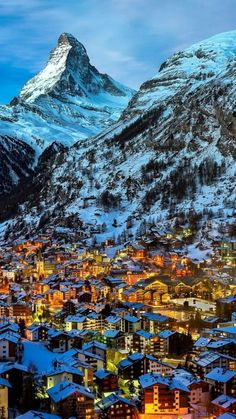 Zermatt, Auxerre, City Wallpaper, Swiss Alps, Beautiful Places To Travel, Travel Images, Nature Pictures, Places To See, Travel Inspiration