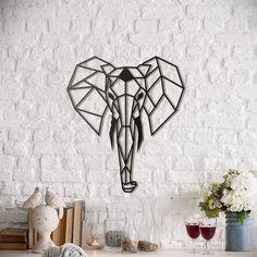 Metal Deco - Elephant Fil metal duvar panosu bir süredir sosyal medyadan uzaktı. Şimdi 2 farklı boyut seçeneğiyle ambarda.