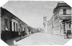 Rua Florêncio de Abreu in São Paulo City. Picture taken by Militão Azevedo in 1887.