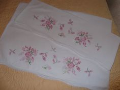 1 Pair Vintage CrossStitched Pillow Cases by PaulasVintageAttic, $14.99 #vintage #linens #pillow cases