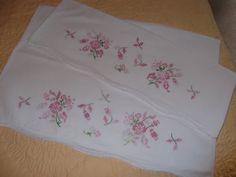 1 Pair Vintage CrossStitched Pillow Cases by PaulasVintageAttic, $14.99 #vintage #linens #pillow cases